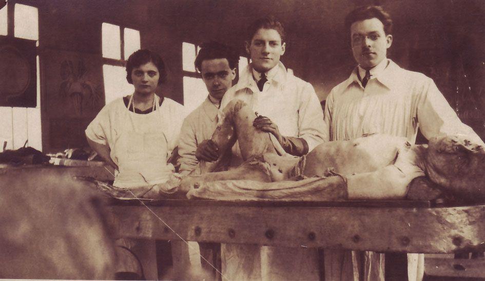 ninteeth century autopsy
